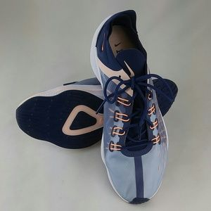 Nike Women's EXP-X14 Running Shoe 9